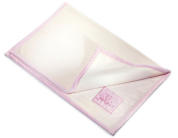 Cream And Pink Cuddly Blanket EAN 238826